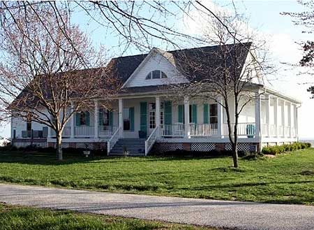 best 25 southern style homes ideas on pinterest southern homes southern living homes and southern home plans - Southern Style Houses