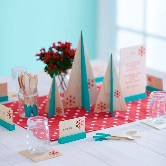 Urban Crafter Stitched Snowflake Table Setting DIY kit 2013