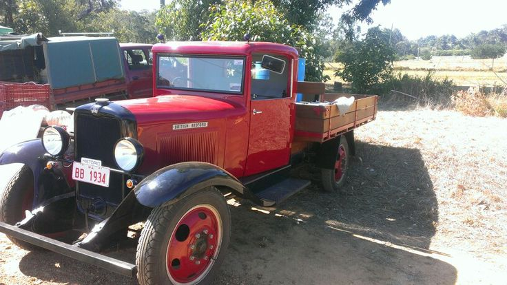Vintage truck at Kalgan pumpking fair.