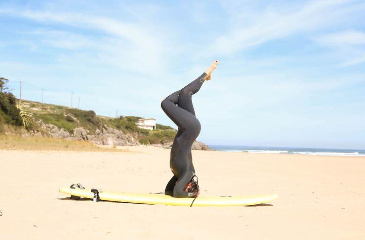 yoga beach surf lucia del pasqua ajo cantabria