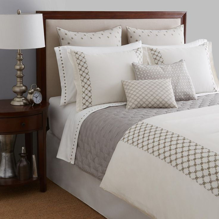 Vera Wang Embroidered Lattice Bedding Collection