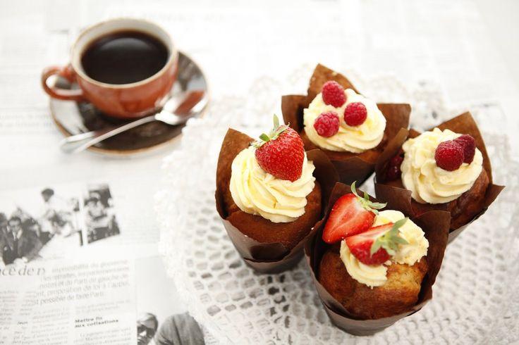 Muffinsit ja kahvi - Nauti paikan päällä tai ota mukaan!