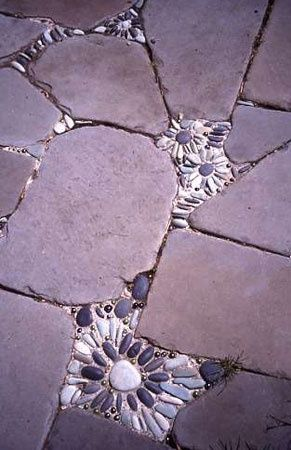 Fun patio idea for the cracks in between the stones on the pathway to door, I likey!