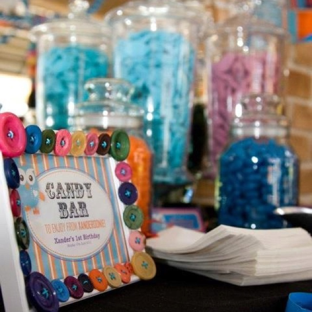 Candy Bar... Apart of Xander's first birthday party. Using buttons everywhere to tie into the Giggle and Hoot theme :)