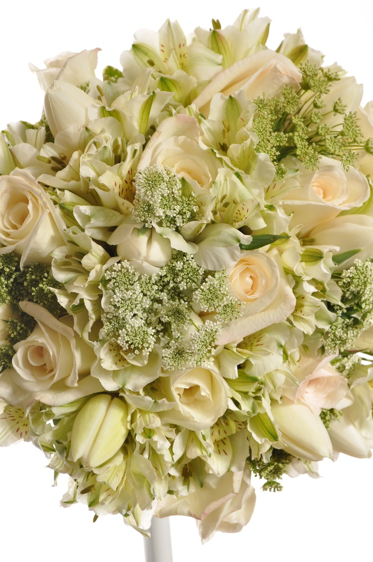 Close up - Queen Annes Lace with white tulips, cream roses and white alstro