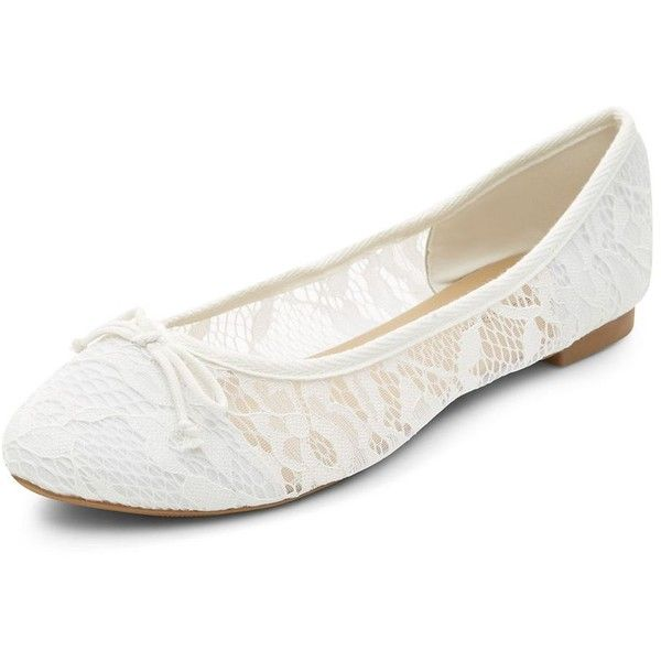 White Lace Ballet Pumps ($9.42) ❤ liked on Polyvore featuring shoes, flats, white, white flats, lace flat shoes, ballerina shoes, round toe flats and flat pumps