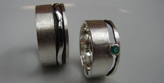 KunstGoud, Wedding bands, silver with emerald