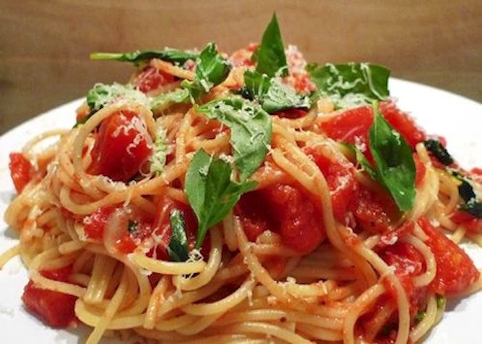 Spaghetti alla marinara--Campania