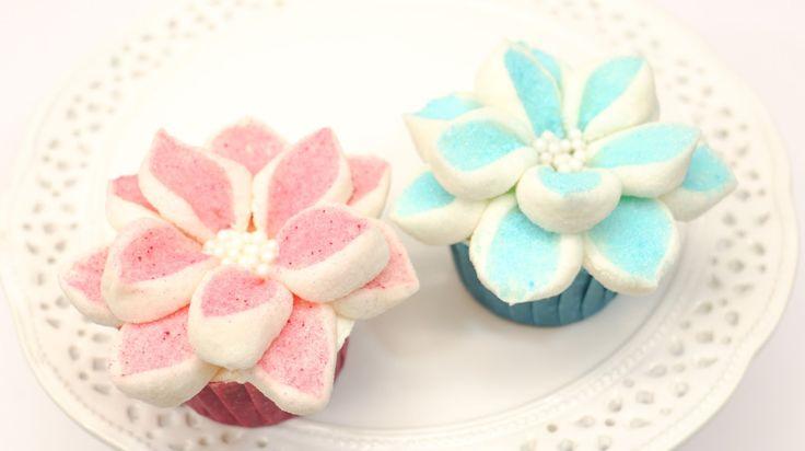 Cake Decorating Marshmallow Flowers : 1000+ images about CakesStepbyStep on Pinterest Cakes ...