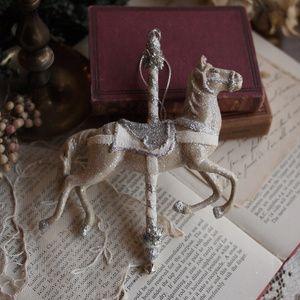 クリスマスツリーオーナメント飾り白馬/メリーゴーランドクラシックアンティーク調