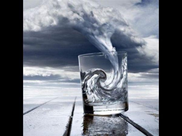 Tempete dans un verre d'eau: