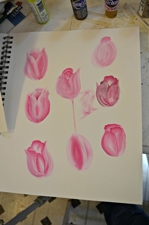 A fast & Easy tutorial on how to paint tulips in acrylics