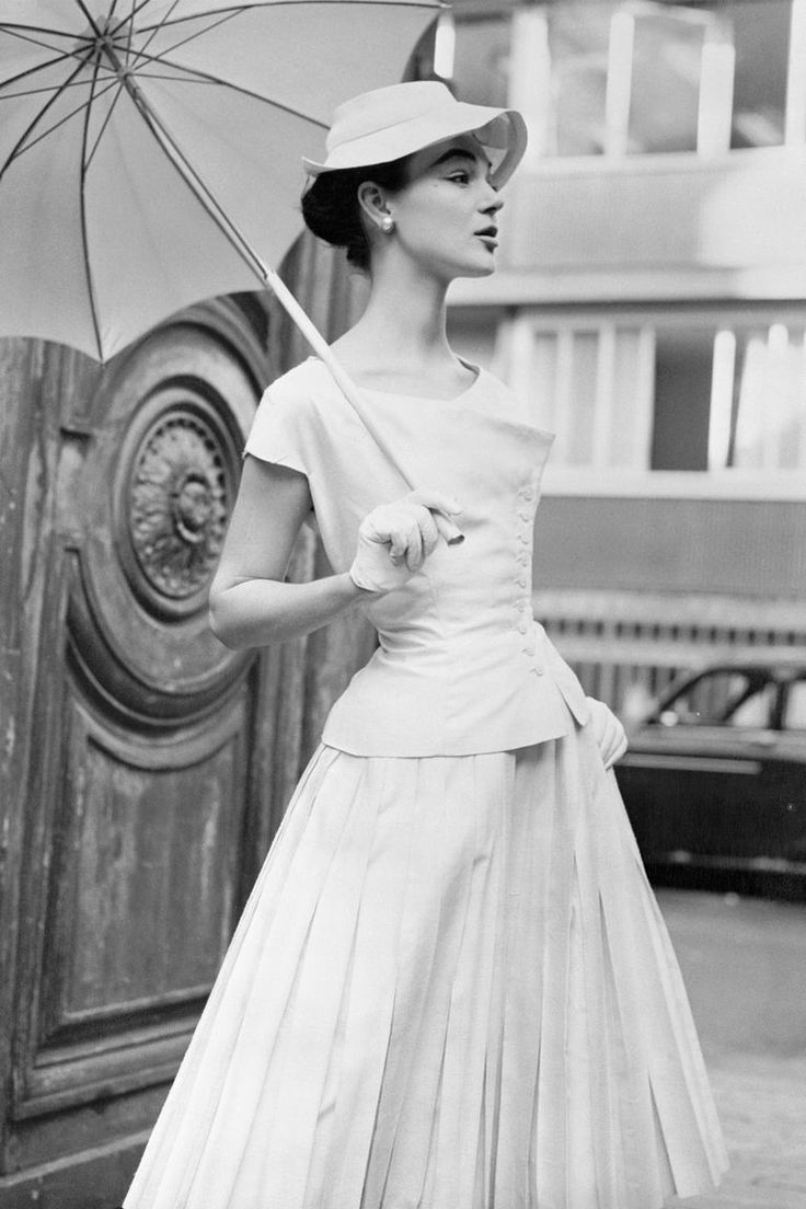Wedding dresses fifties style   best Vintage Glam images on Pinterest  Vintage fashion Fashion