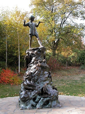 Another place on my literary bucket list, Peter Pan at Kensington Gardens
