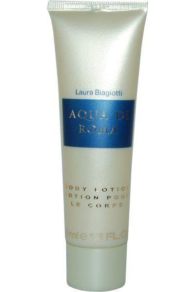 To Aqua di Roma by Laura Biagiotti Body Lotion αιχμαλωτίζει το γυναικείο αισθησιασμό και τη θηλυκότητα του αυθεντικού ρωμαϊκού αρώματος, χαρίζοντάς σας ολοκληρωτική ανανέωση! Συνδυάζοντας τις δροσερές νότες νερού και τη φρεσκάδα της θαλασσινής αύρας, σας ταξιδεύει με το άρωμά του στη πιο ρομαν