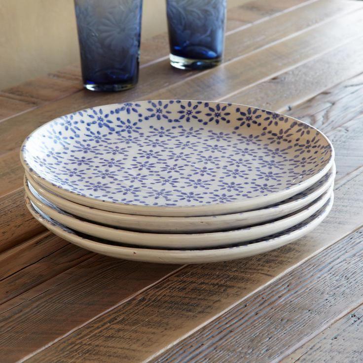 BLUE BOUQUE FLOWER DINNER PLATES