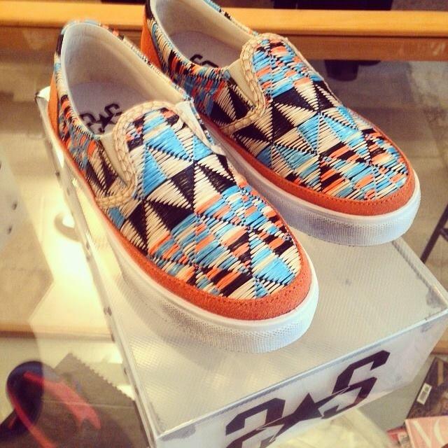 Sneaker modello Arlecchino dalle tonalità arancio disponibile su shop2star.it #fashionshoes #womancollection #summer #love #girl #woman #happy #instagood #followus