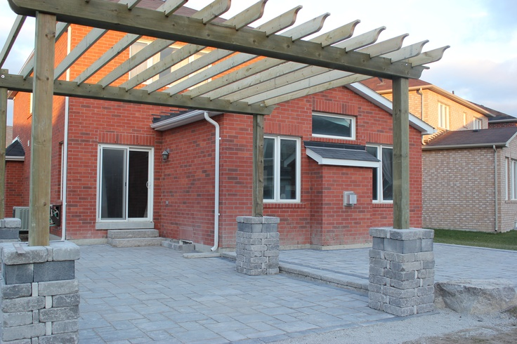 pergola/patio unilock