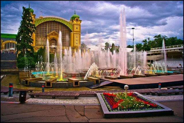 Krizik Fountain by SpencerLynnProductions, via Flickr