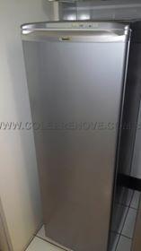 Envelopamento de Geladeiras Adesivo: Imitação de Inox Entre em contato conosco e peça o seu. www.coleerenove.com.br Contato: 31 3065-1211   31 3019-7134 Whatsapp: 31 93675112 Curta a nossa página: https://www.facebook.com/Coleerenove2013?ref=hl #decoração #adesivos #EnvelopamentoDeArmarios #EnvelopamentoDeMoveis #AdesivoParaBox #AdesivoParaPorta #EnvelopamentoDeGeladeiras #AdesivoDeParede MUDE, TRANSFORME... COLE E RENOVE!!!