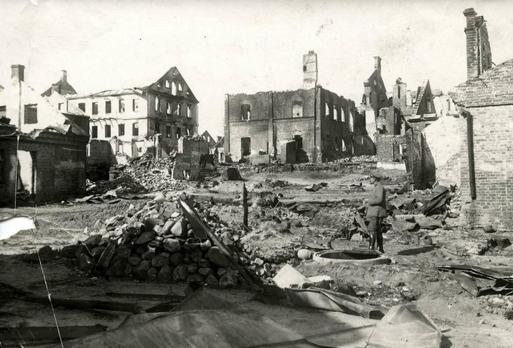 Eastern Front of WWI. Destroyed Russian fortress in Brest-Litovsk ...