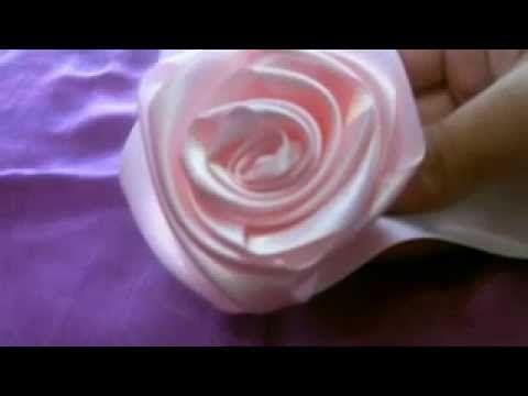 Χειροποίητες Κατασκευές τριαντάφυλλο από κορδέλα σατέν