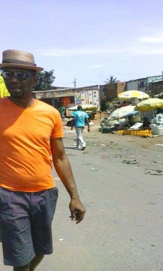 Dusty streetz of Maputo