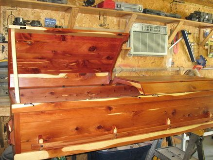 how to build a coffin bed