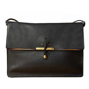 sweet closureShoulder Bags, Black Bags, Fashion Models, Handbags, Style, Celine Bags, Clutches, Black Gold, Accessories