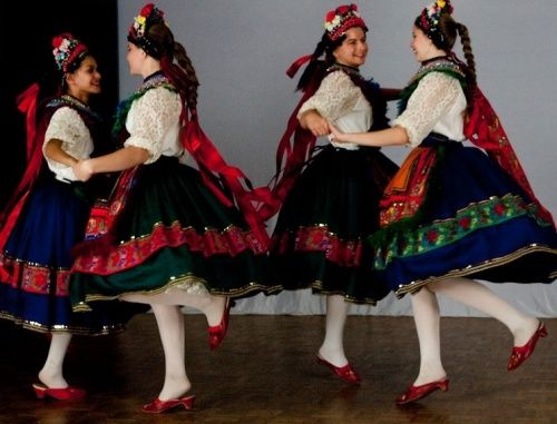 With beautifully embroidered costumes and energetic music, Hungarian folk dancing is rooted in rich culture and heritage. It originally began as a pastime for villagers many years ago. Although folk dancing may not be a part of daily life in Hungary anymore, it is still celebrated and embraced by many people. Here is a featured …
