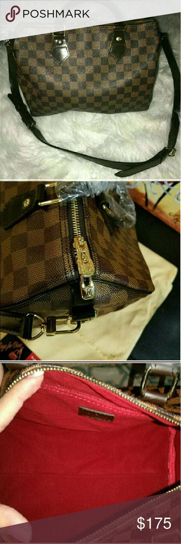 Checkered Satchel 💋BRAND NEW, LEATHER SPEEDY BANDOULIERE SATCHEL SIZE 30💋GREAT QUALITY LEATHER, WITH  STRAP, KEY AND LOCK.*NO DUSTBAG*  *GET THE LOOK WITH OUT PAYING THE PRICE*  ❎UNBRANDED❎  ❌🚫THIS IS NOT THE REAL DEAL LADIES!! PLEASE NO QUESTIONS REGARDING AUTH. I WILL NOT ANSWER!!! PRICE IS SO OBVIOUS!🚫❌  ☞SOLD AS IS☜   ❌NO TRADES❌NO RUDE COMMENTS❌ Louis Vuitton Bags Satchels