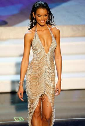 Miss Puerto Rico won Miss Universe 2006, with this gown. I don't like her but her gown is definitely stunning.