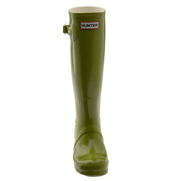 """A group of teenagers shout across the road: """"Nice boots"""" """"Thank you."""" Yes, they are. Durable, waterproof and amazing colour. The brand doesn't matter as long as you're happy with your boots. Thankfully we have boots and we can walk."""