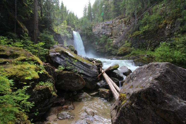 The beautiful sight that is Sutherland Falls