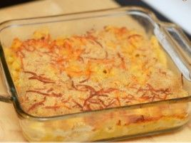 Baked macaroni and cheese http://bit.ly/Recipe4share