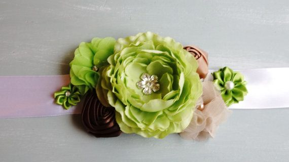 Posie's Pretties. Silk Flower sash maternity sash by PosieMeadows