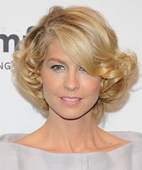 curly short haircuts 110 best images about hair on bobs 9746 | 8695891c52e0b007c626bc9746cdadad