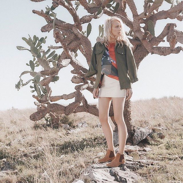 Captivated by the magnificent #texas #cactus #boots #footwear #shooting #beyou #loveyouall #befree #beme shot by @samthies @frankie4footwear @quemodels #model #fashion #style #neverstoptrying #keepgoing #happydays