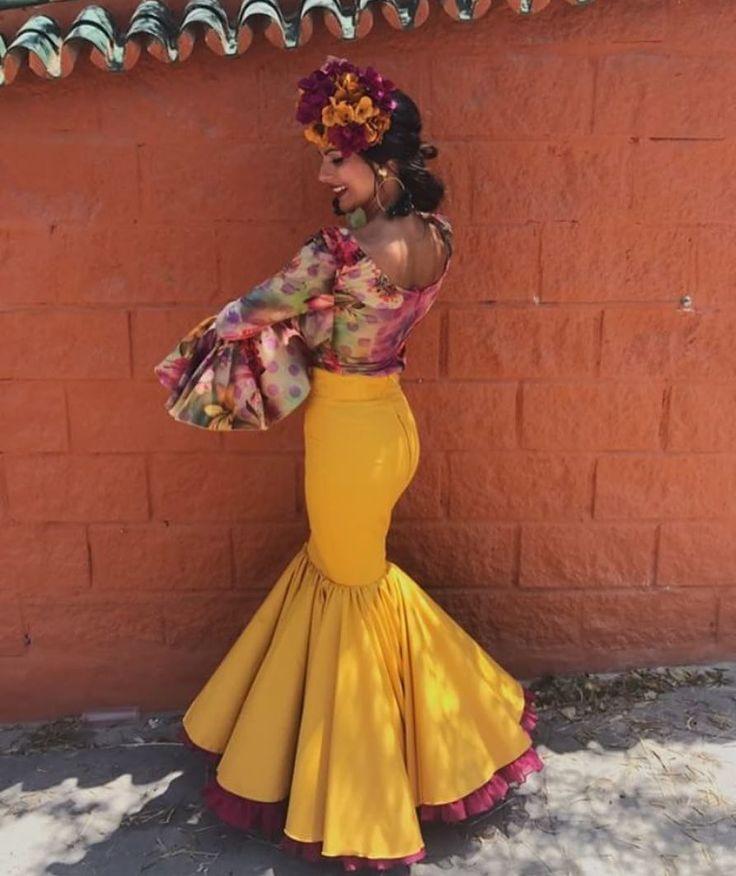 542 vind-ik-leuks, 6 reacties - Flamencas Y Volantes (@flamencasporelmundo) op Instagram: 'Hoy volvemos ha apostar por nuestra querida @isamartin_ ! Con un diseño propio de ella que nos…'