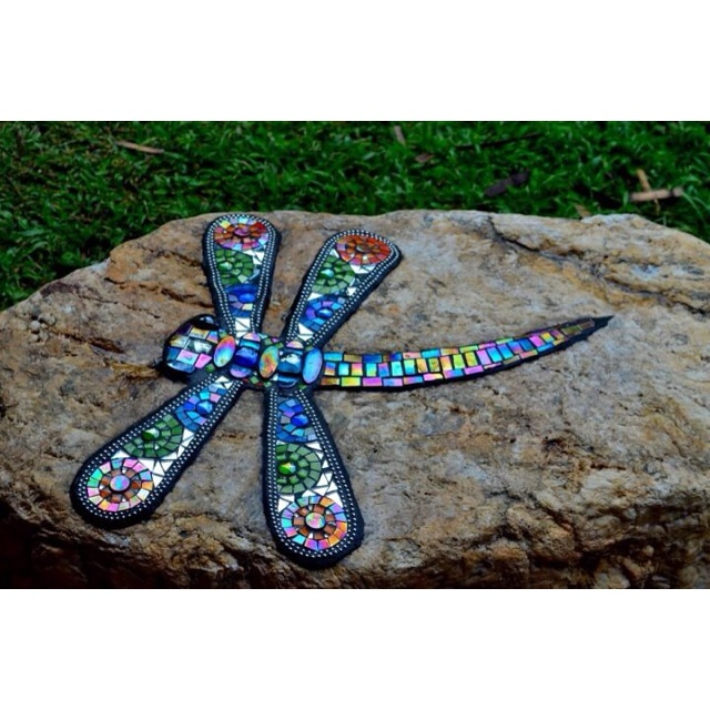 Mosaic dragonfly - I need to do this to my big flat garden rock!