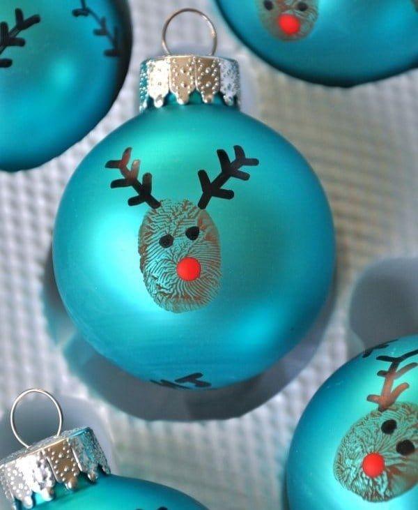 Dejá tu huella y terminá de decorarla con marcadores indelebles. ¡Ideal para hacer con hermanos pequeños!
