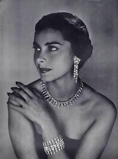 Résultats de recherche d'images pour «jewelry 1950»