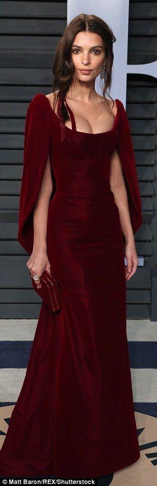Emily Ratajkowski kisses husband at Vanity Fair Oscar Party