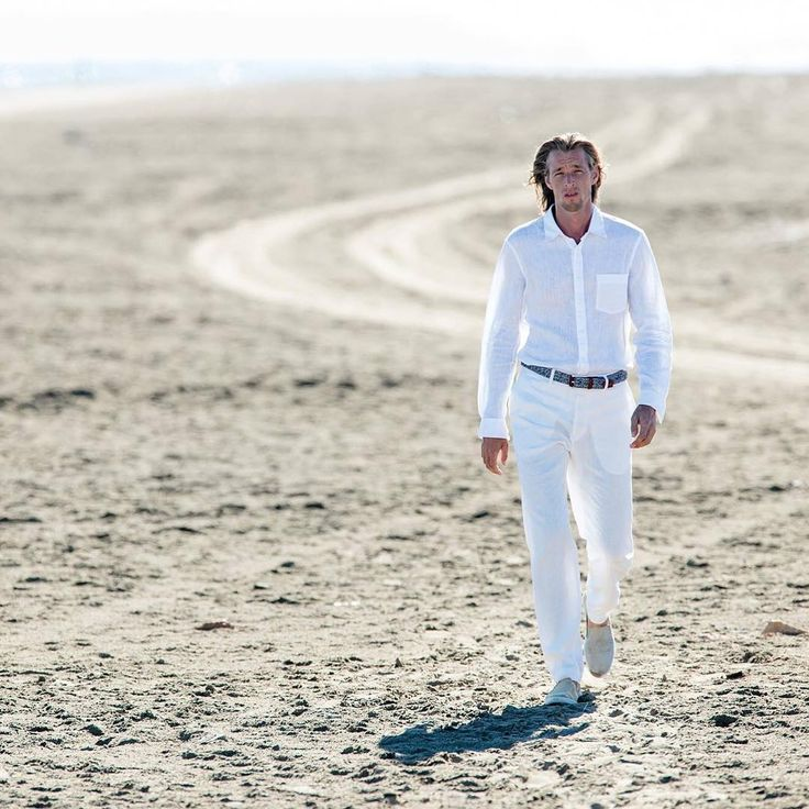 Summer lightness and total white linen outfit.  #120lino #man #outfit #outfitinspiration #desert #look #shooting #summer #linen #linenshirt #linenpants #white #totalwhite #trend #style #fashion #shopping #milano #store #120percento