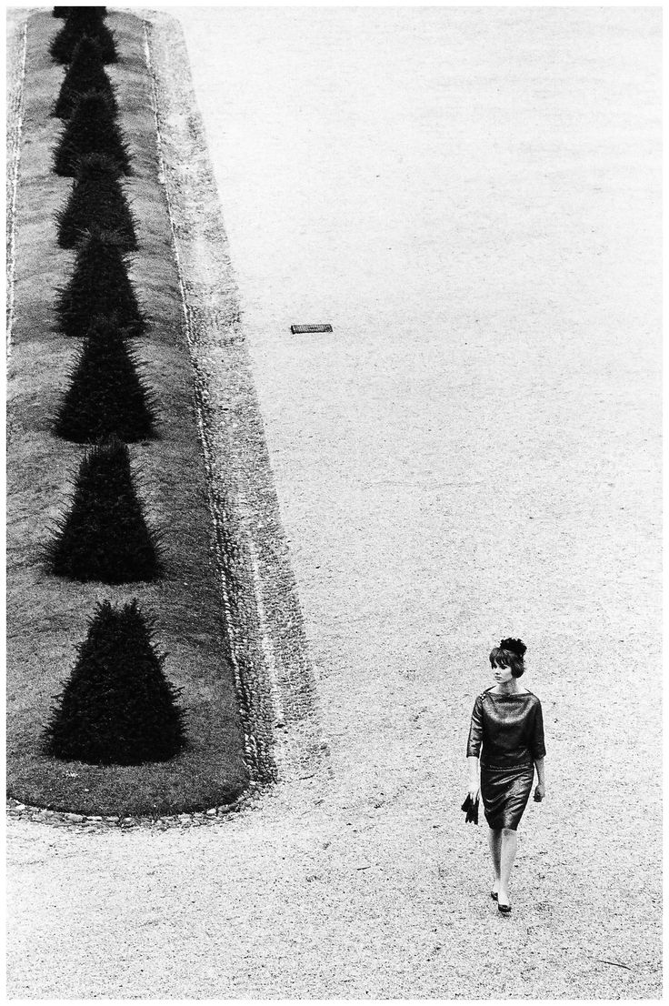 """Fashion photo for """"La Rinascente"""" stores by Jeanloup Sieff, Vienna, 1961"""