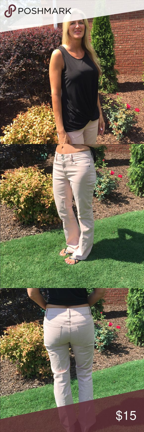 London Jeans Pink jeans. Straight fit trough thighs with boot cut. london jean Jeans Flare & Wide Leg