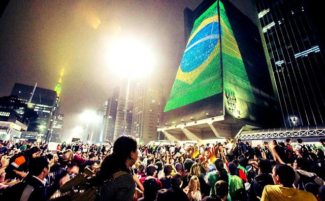 Prefeito do PT proíbe Fiesp de exibir bandeira do Brasil http://www.portalweb7.com/2016/07/prefeito-do-pt-proibe-fiesp-de-exibir.html?utm_source=rss&utm_medium=push_notification&utm_campaign=rss_pushcrew