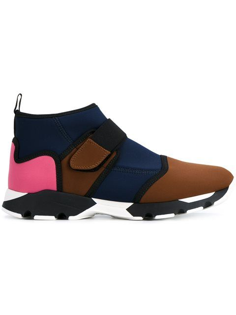 쇼핑 Marni neoprene colour block sneakers in Browns from the world's best independent boutiques at farfetch.com. 전 세계 400여 곳의 패션 부티크를 한 웹사이트에서 쇼핑하세요..