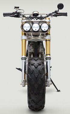 Como si de un pequeño Frankenstein se tratara, pero pensado para el ocio, esta BW650 de los americanos Classified Moto revive un concepto que no...