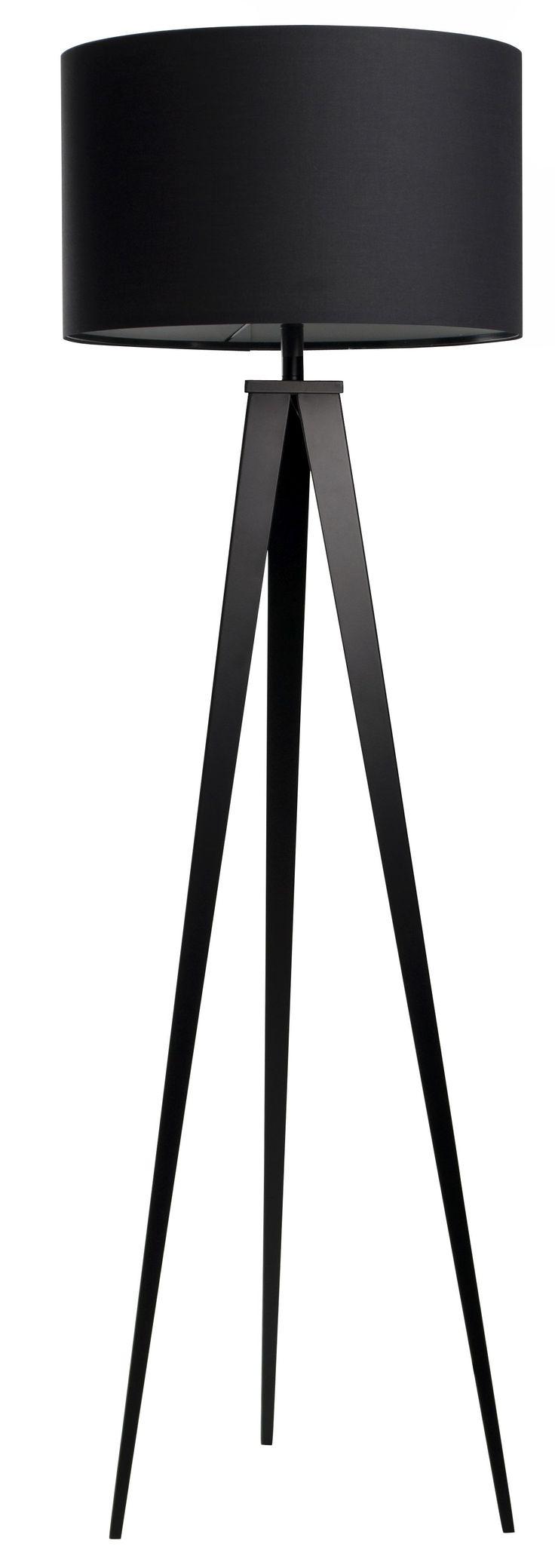 <p>De <strong>driepoot lamp</strong> is erg bekend en geschikt voor zowel thuis als op kantoren. De tripod vloerlamp past perfect in zowel moderne als retro interieurs en is een mooie eyecatcher. Met zijn hoogte van 158 cm kan deze vloerlamp een mooi en opvallend element zijn in je huis. De lampenkap zelf heeft een doorsnee van 50 cm en is 30 cm hoog. Het frame van de driepoot is gemaakt van metaal, netjes afgelakt natuurlijk.</p> <p>Onze <em>drie...